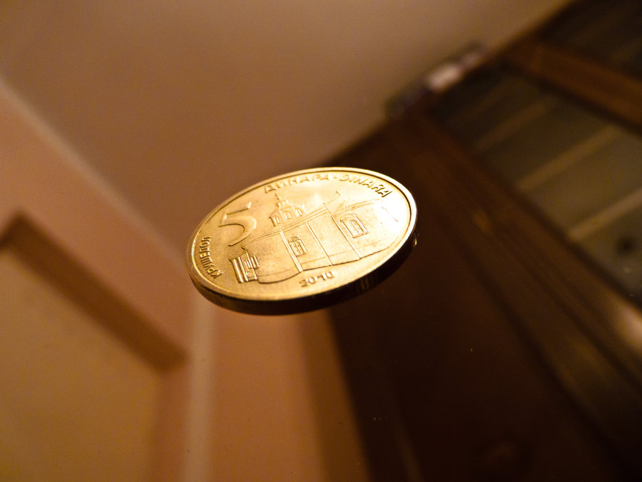 coin_flipping_by_uroskrunic-d36x79r